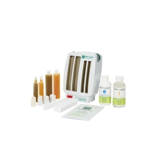 3D illustration of the petite waxing spa materials, complete with everything needed for roll-on waxing